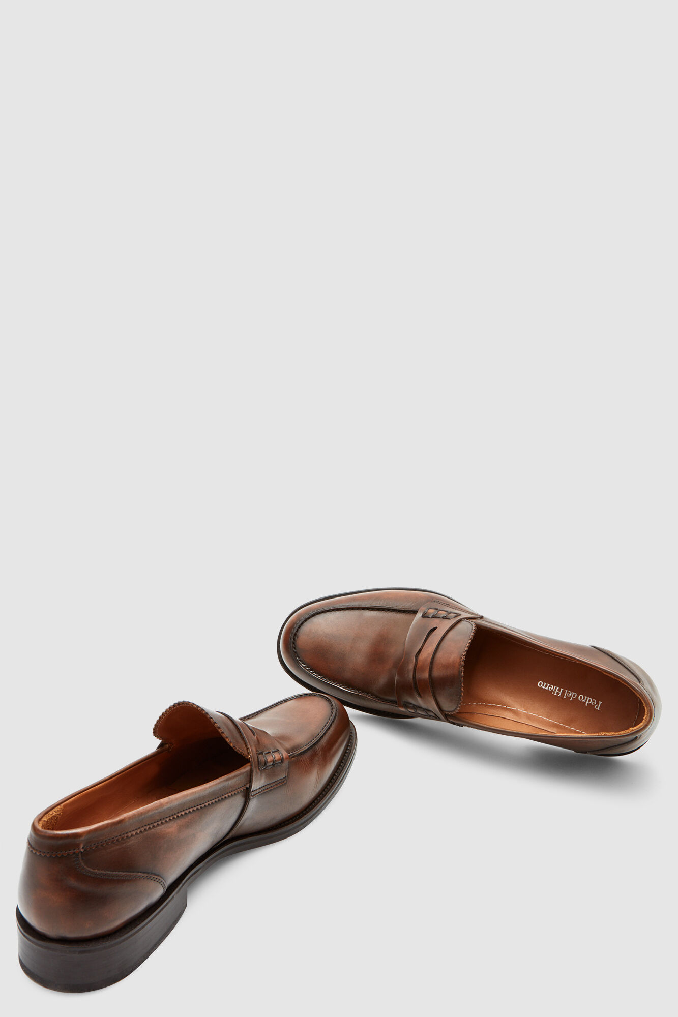 070b90ab4d9 Leather moccasin