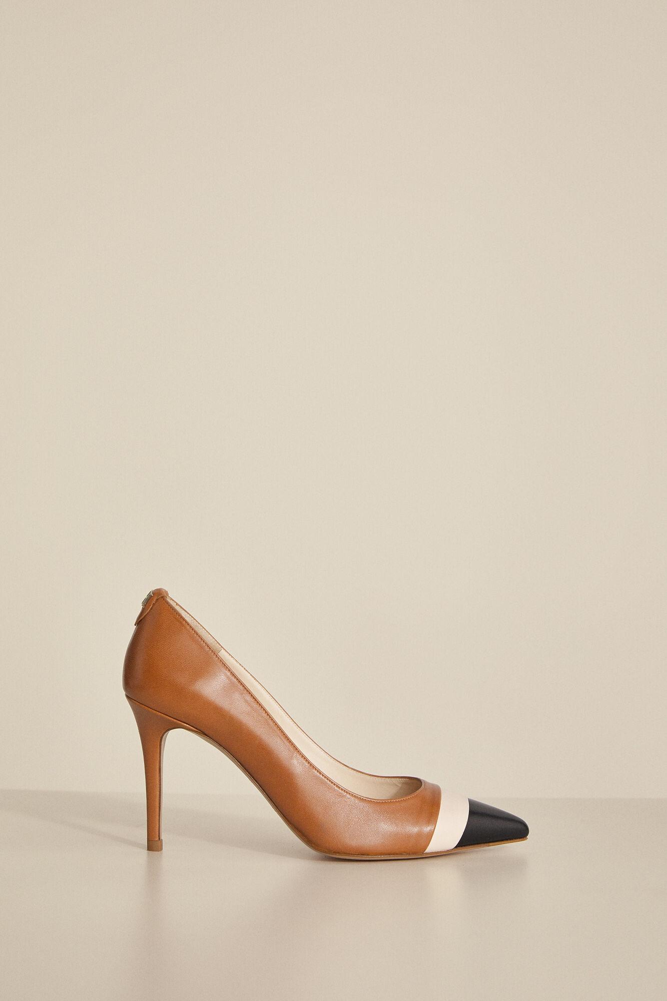 Sapato salão meio trançado | Sapatos | Cortefiel
