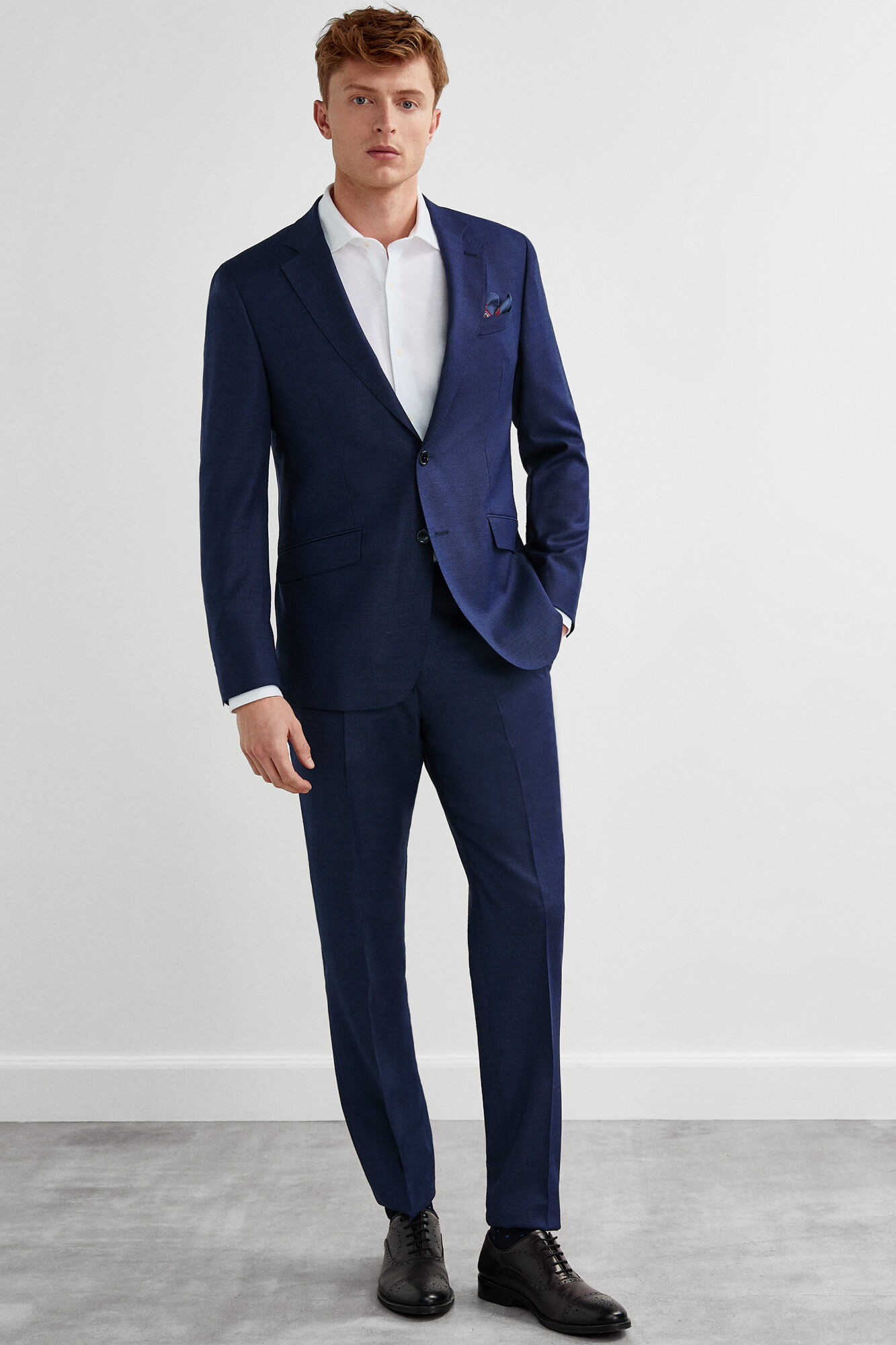 9aeacb68f8 Slim fit textured suit trousers