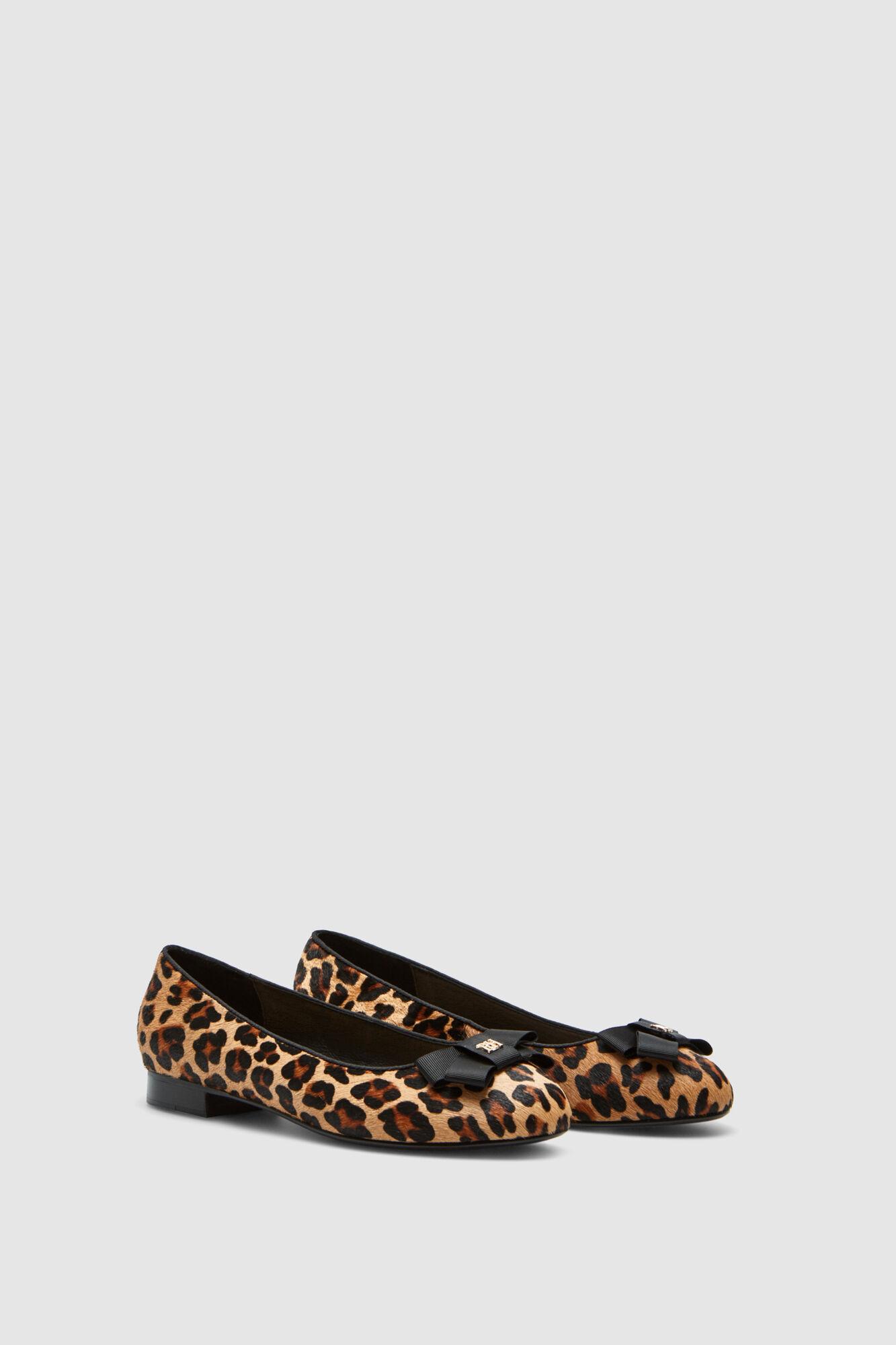 56cab2d2d0c8 Pedro del Hierro Leopard ballerinas Brown