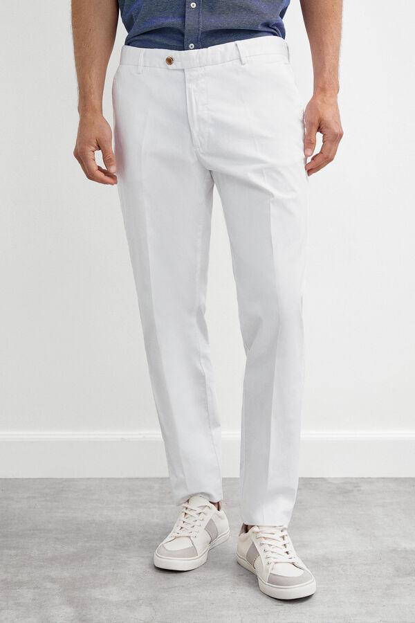 55b628a1a5 Pedro del Hierro Pantalón chino algodón pima regular fit Blanco