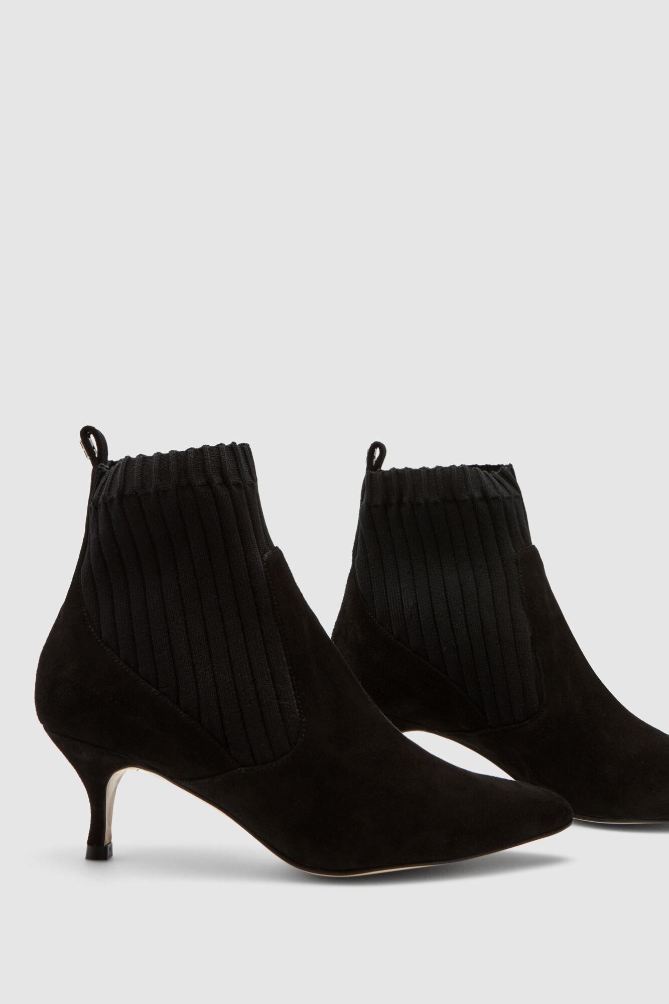 297d92f7cec3 Pedro del Hierro Pointed ankle boots Black
