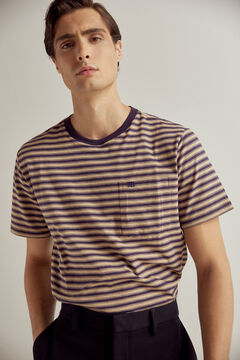 Short sleeve t-shirt and light fabric shorts set