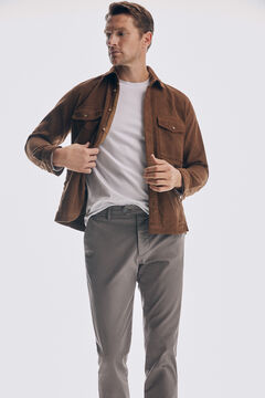 Corduroy overshirt, chino trousers and sneaker set icon